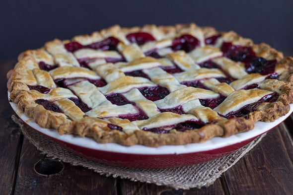 Mixed Berry Pie in a red pie plate