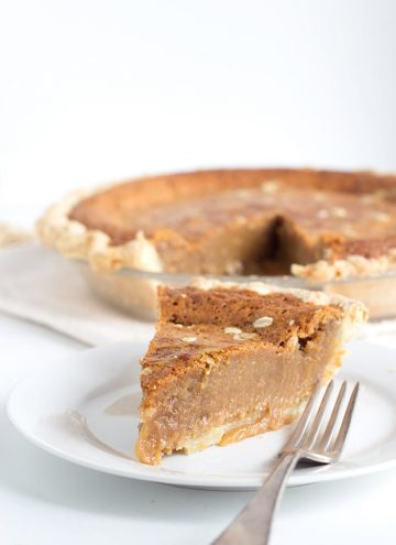 Peanut Butter Fudge Pie - Gooey peanut butter pie that's incredibly decadent and tastes like a mouthful of chewy fudge. This pie is similar to a pecan pie except with peanut butter. You'll want to make this, You can thank me later