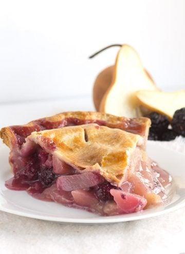 Blackberry Pear Pie - Fresh blackberries and pears stuffed inside a golden brown pie shell!