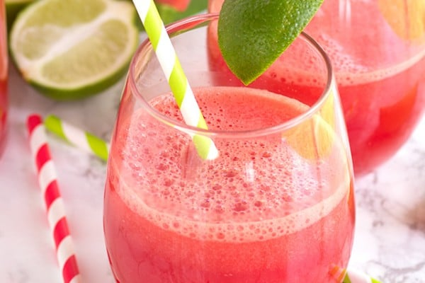 Watermelon Fizz - an easy, bright and refreshing drink packed full of watermelon, lime, and ginger ale!